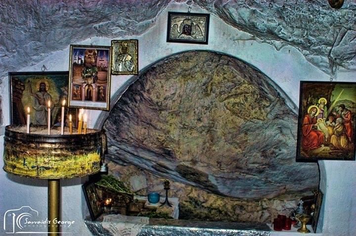 Εκκλησάκι Φαράγγι Λουτρά Πόζαρ